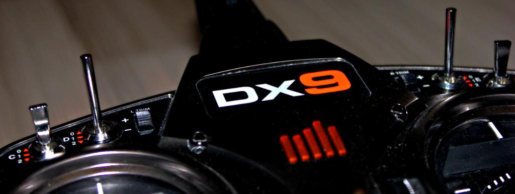 Spektrum DX9 Sender