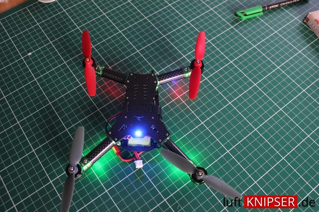 LED Lichter im Rakonheli Frame Blade 200 QX